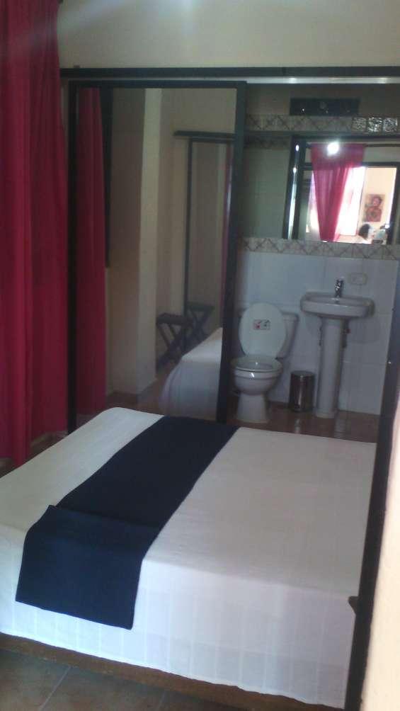 Alquiler apartamento amueblado, 1 hab, zona colonial