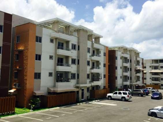 Alquilo precioso apartamento detrás de coral mall autopista de san isidro