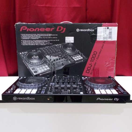Pioneer ddj 1000 controlado