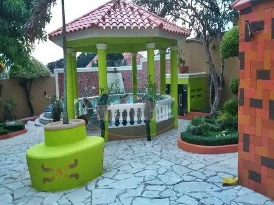 Amplia casa en san cristóbal