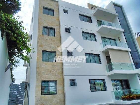Moderno apartamento venta los llanos de gurabo