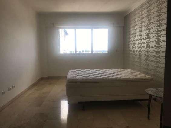 Venta o alquiler, apartamento, gascue, con 3  habitaciones