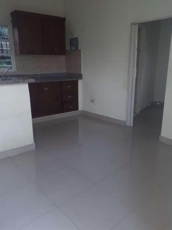 Alquiler apartamento no amueblado, 1 habitacion , gazcue