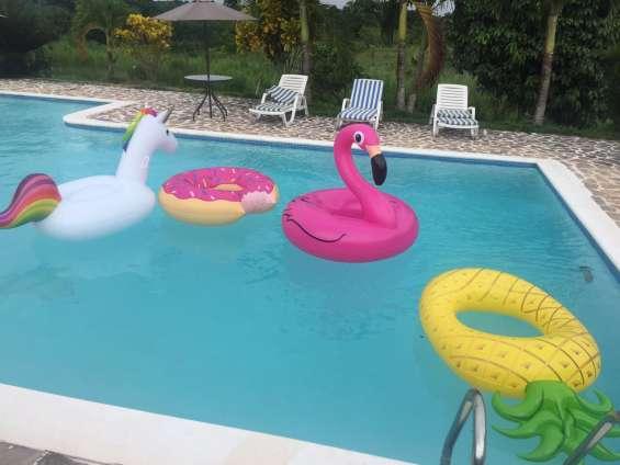 Casa con piscina para pool party, fiestas, pasadias y juntadera, reserve ya!