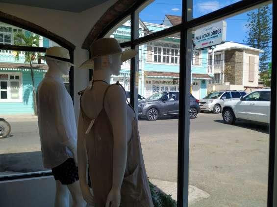 Fotos de Locales en el centro de cabarete (tienda y otro) se alquilan a partir del 1 de m 7
