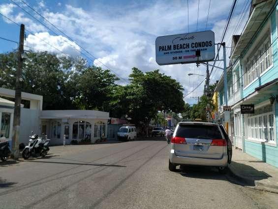 Fotos de Locales en el centro de cabarete (tienda y otro) se alquilan a partir del 1 de m 4
