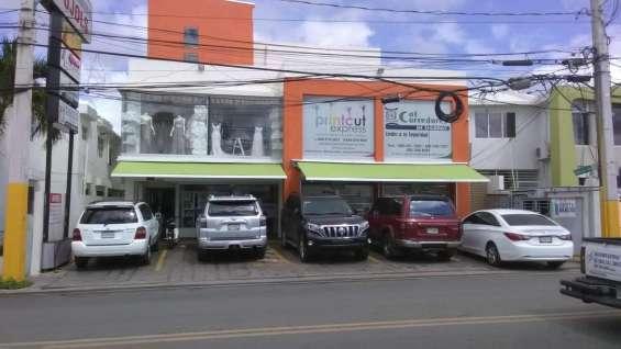 Se alquila local comercial en plaza en la rafael vidal santiago