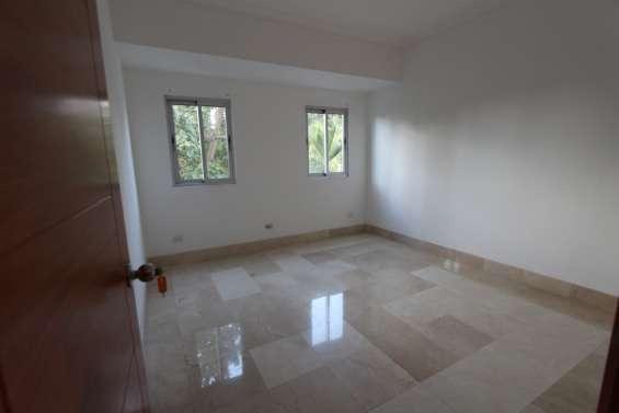 Apartamento disponible en alquiler en la esperilla