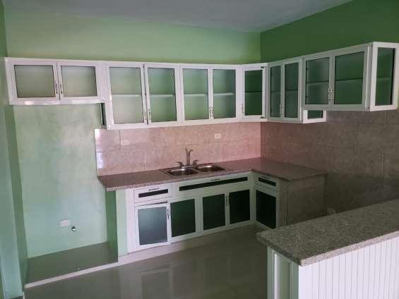 Lujoso, cómodo, espacioso y económico apartamento listo para vivir