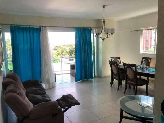 Apartamento en evaristo morales. precio de alquiler us$700.00